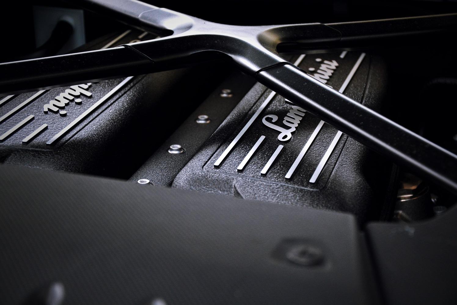 Motor Lamborghini Huracan
