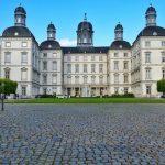 Schloss Bensberg vom Eingang aus Hochzeit Fotografie